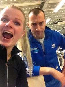 Ik met Gym Inn's persoonlijke trainer Dimitri