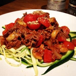 Zucchini pasta bolognese