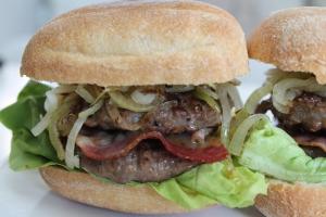 Dubble Bacon Burgers