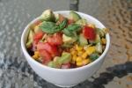 side salad met avocado